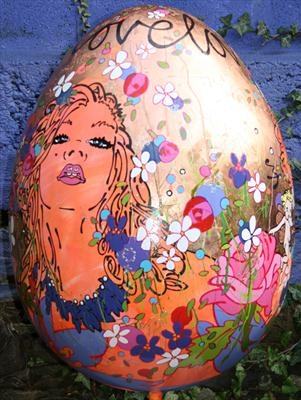 LOVE / the big egg hunt 2012 by Louise Dear, Sculpture